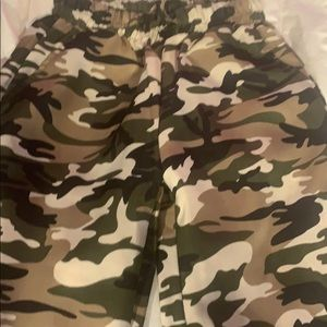 Pants - Camo joggers  with drawstrings